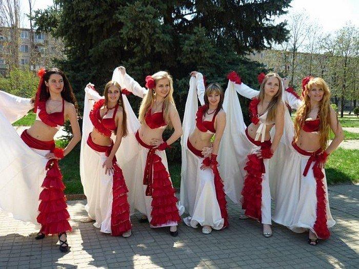 эксклюзивное вязаное платье чайная роза