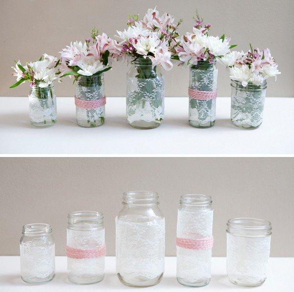 Кружевная вазочка с цветами