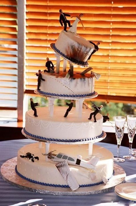 Funny fishing wedding cakes